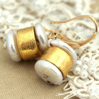 Pearl earrings - 14k Gold filled, Silver plated gold and Pearls