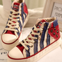 Fashion Stripe Print Star Studded Canvas Sneakers - OASAP.com