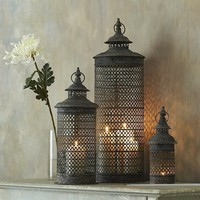 Set of 3 temple lanterns