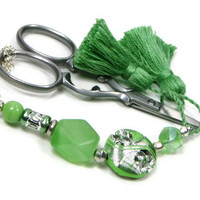 Beaded Scissor Fob, Soft Green, DIY Crafts, Needlepoint ,Quilting, Sewing, Cross Stitch, TJBdesigns
