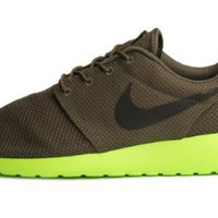 Amazon.com: Nike Mens Rosherun Tarp Green Smoke 511881-307: Shoes