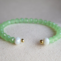 Green Opaque Crystal Beaded Bracelet