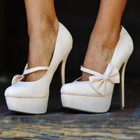 Bow Down To Me Heels: Ivory | Hope&#x27;s