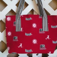 Alabama Tote Bag in Crimson with Houndstooth Trim