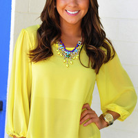 Summer Lovin' Top: Yellow | Hope's