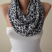 Trendy Scarf - Mother&#x27;s Day Gift Scarf - Leopard  Infinity Scarf - Soft Cotton Fabric