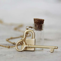 Lock &amp; Key Necklace, Women&#x27;s Sweet Country Inspired Jewelry