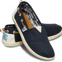 Last Chance - Navy Bimini Youth Classics | TOMS.com