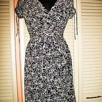 LONDON TIMES Dress Faux Wrap BLACK &amp; WHITE Floral  Lined Size 4P