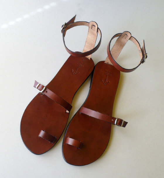 Toe Ring Ankle Strap Leather Sandals Breeze by Calpas on Etsy