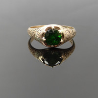 Simple Victorian Rose Gold Belcher Green Garnet Ring - RGGA122P