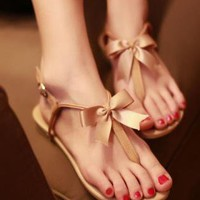 Cute Bowknot Flat Heel Thong Sandals for Women