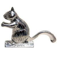 Browsing Store - Squirrel Nutcracker