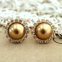 Stud earring Gold Brown pearls, bridal earrings, bridesmaids earrings - 14k plated gold post earrings real swarovski pearls.
