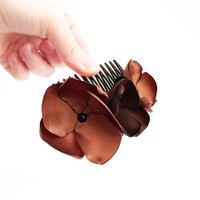 Woodland flowers hair comb Brown Flower hair par Joliejye sur Etsy