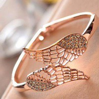 diamond wings bracelet
