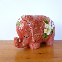 vintage ceramic elephant figurine ///  by thriftonica