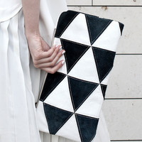 NEW Contrast Triangles Pouch No. LH-201