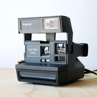 Retro Polaroid One Step Flash Camera 600 Film Works