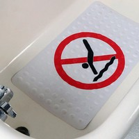 No Diving Rubber Bath Mat | The Gadget Flow