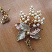 Floral brooch earrings, Demi Parure jewelry, collectible jewelry