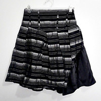 black w/ silver gray pin stripes skirt (1990s Minimalist)