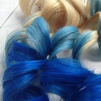 Ombre Dip Dye//Blonde Hair Extensions with Vibrant Blue Fade //Weft Clip In Extensions//(6) Pieces, 20""