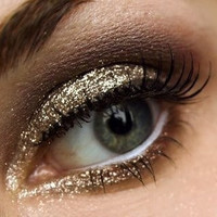 100% Natural Gold Glitter Eye shadow...Follow me for more:)
