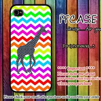 Giraffe on Chevron : Case For Iphone 4/4s ,5 / Samsung S2,3,4