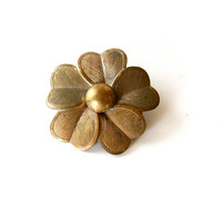 vintage brass flower brooch by voladoravintage on Etsy