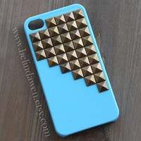 studded iphone 4 case, iphone 4s cae, iphone case, antique brass pyramid stud aqua blue iPhone 4 case, iphone 4s case,  Hard iphone case