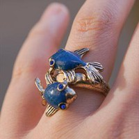 Twin Fish Funky Ring from Mangosteen