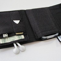 Nerd Herder gadget wallet in Just Black for iPod by rockitbot