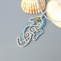 Sea horse silver pendant, peridot green turquoise sterling silver necklace handmade jewelry