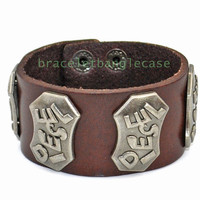 Diesel bracelet leather cuff bracelet with leather and silver metal Diesel cuff men cuff bracelet women wrist bracelet jewelry d-392