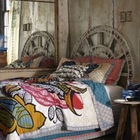 Hushed Hours Bed | Anthropologie.eu