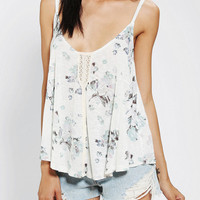 Urban Outfitters - Kimchi Blue Ring Of Roses Cami