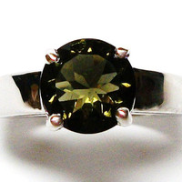 "Moldavite ring, solitaire ring, pinky ring,  s 5 ""Night Green"""
