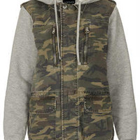 Jersey Sleeve Camo Hooded Jack