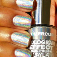 Layla Hologram Effect Nail Polish