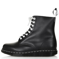DM Contrast Lace Up Boots