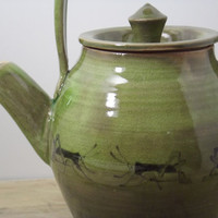 20 oz. Porcelain Emerald Green Grasshopper Teapot