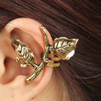 Golden Leaf Single Ear Cuff (Gold) | LilyFair Jewelry