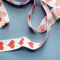 Present&Correct - Old heart ribbon
