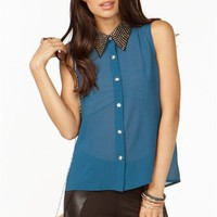Sleeveless Stud Collar Button Front Shirt