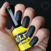 ManGlaze Matte Nail Polish, Matte Is Murder - Black (Lefty Label Art):Amazon:Beauty
