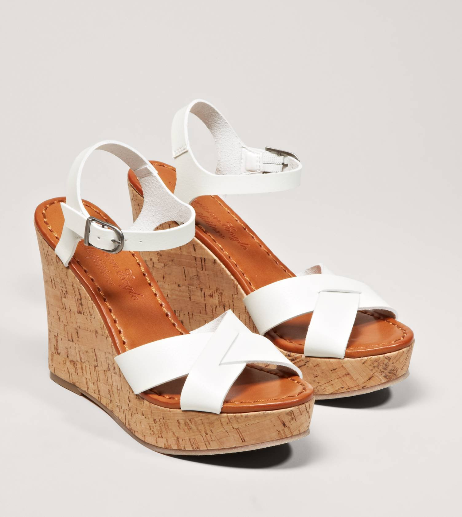Shop for great deals on American Eagle Outfitters at Vinted. Save up to 80% on American Eagle Outfitters and other pre-loved clothing in Sandals to complete your style.