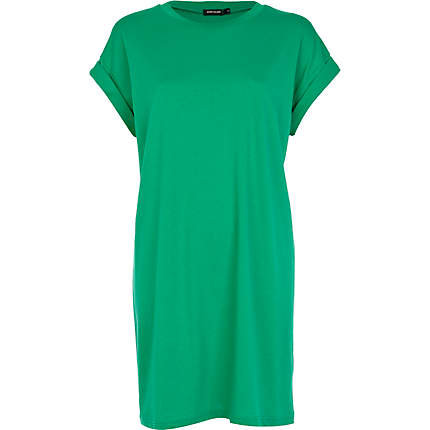 Perfect The Shirt I Started With For This Project Never  I Cut A Straight Line Up The Side Of The Dress, Then Flared Out Slightly As I Got To The Sleeve Portion Of My Green Dress, Then Rounded Above The Shoulder And Cut A Small Dip Out At The Neck Keep The