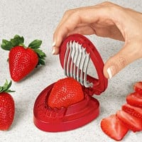 MSC Joie Simply Slice Strawberry Slicer:Amazon:Kitchen & Dining