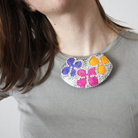 Statement Necklace Flowers Silver Sequins felt